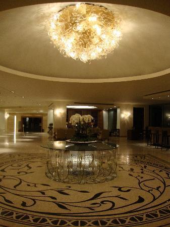 SENTIDO Ixian Grand: lobby