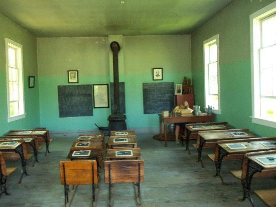 Murphy's Landing: one room school house