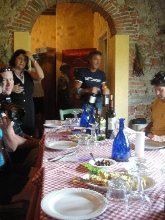 Not Ordinary Ways Tuscany Bike Tours: Gracious hosts and a big lunch