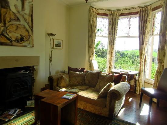 Brookside Villa B&B: Residents' Lounge and view