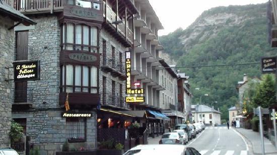 Hotel Pradas Ordesa: Exterior