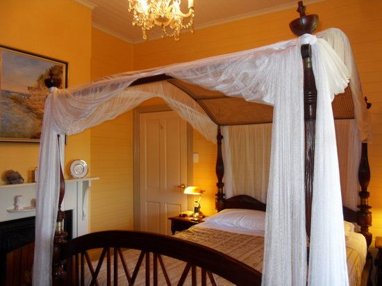 Lurline House: Bedroom