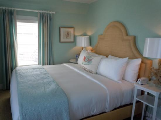 The Tides Beach Club: An ocean view room