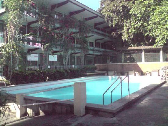 Lucena Fresh Air Hotel: POOL