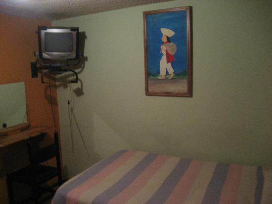 Hostal San Blas: typical room