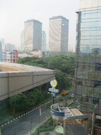 Smart Hotel: View from my room - Room 711 (Photos by: Ricoy)