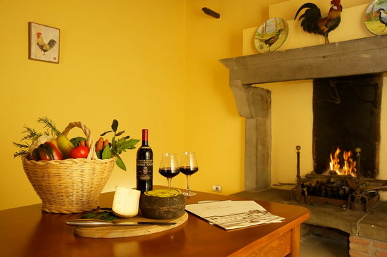 Province of Arezzo, Italia: refreshments during lesson