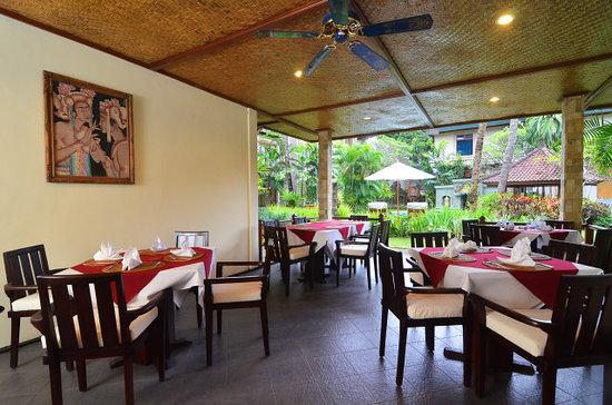 Karma Royal Sanur: Restaurant Area