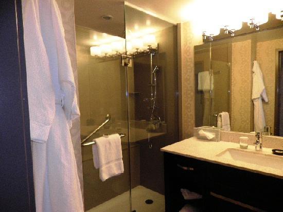 Costa Mesa, Kalifornien: Bathroom