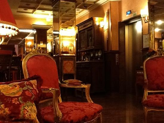Hotel Vittoria: the living room