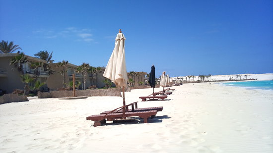 Sidi Abdel Rahman, Mesir: The beach and hotel