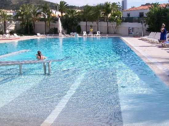 Hotel Deloix Aqua Center: The LUSH 25m outdoor pool!