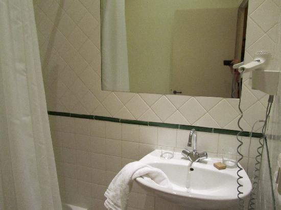 Hotel De L'Amphitheatre: bagno
