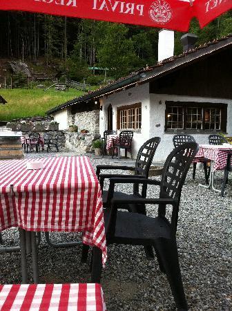Restaurant Saumertaverne: Auf der Terrasse