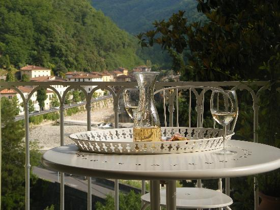 B b villa rosalena updated 2017 prices guest house - Terme di bagni di lucca ...