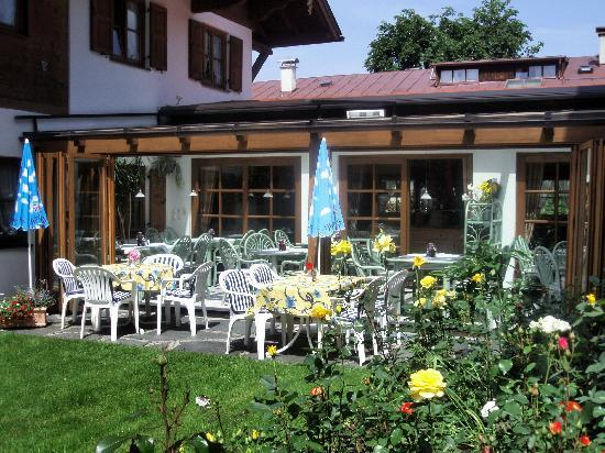 Hotel Landhaus Feldmeier: Wintergarten mit Terrasse