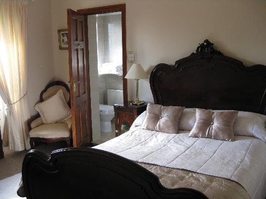 Avonree House: Bedroom