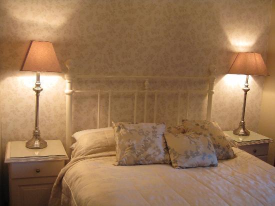 Avonree House : Bedroom