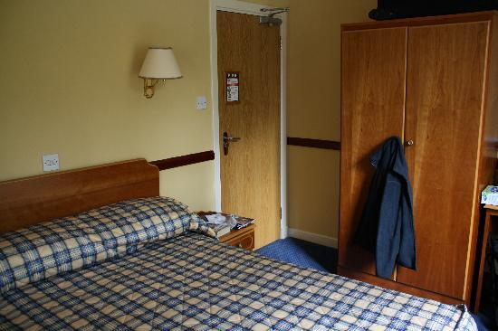 Loch Achray Hotel: bedroom 111