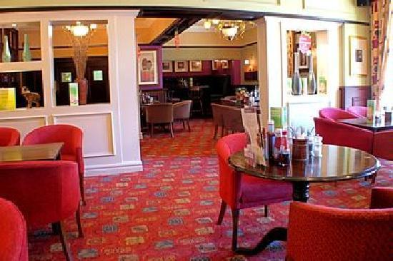 Premier Inn Leicester Central (A50) Hotel: Inside the restaurant