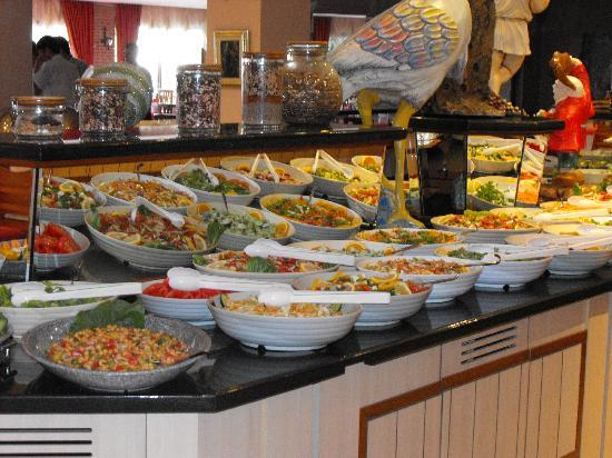 Alba Resort Hotel: buffet