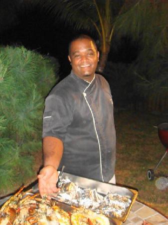 Sankhara Luxury Beach Villa: Chef qui fait une cuisine excellente
