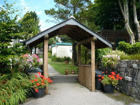 Rivermead Holidays: Entrance