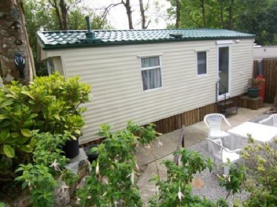 Rivermead Holidays : caravan set in its own gated walled garden