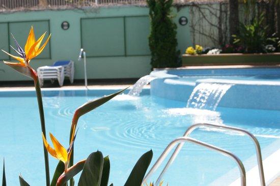 Detalle piscina del Hotel Acapulco Lloret de Mar