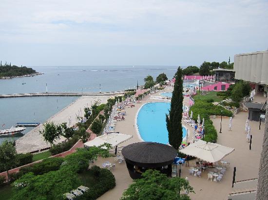 Island Hotel Istra: the hotel pool