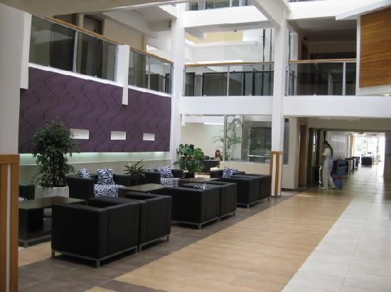 SENTIDO Tara: Reception area