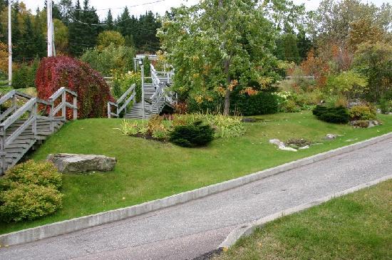Auberge de la Riviere Saguenay : Parterre