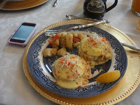 Chestnut Hill Bed & Breakfast Inn: Incredible Breakfast!