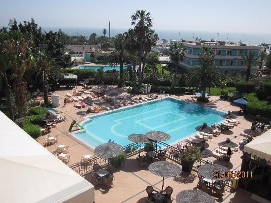 Hotel Argana : vue de la chambre sur la piscine