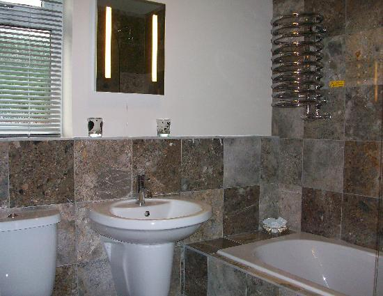 Barncroft Guest House: en-suite