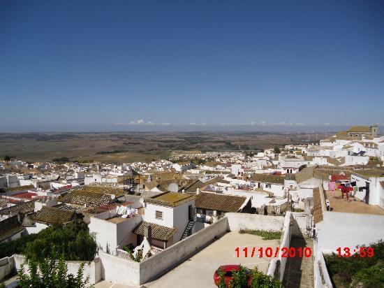 Medina-Sidonia, Espagne : medina from restaurant terrace
