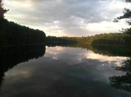Lake Pleasant, แมสซาชูเซตส์: sunset