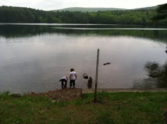 Lake Pleasant, MA: <3