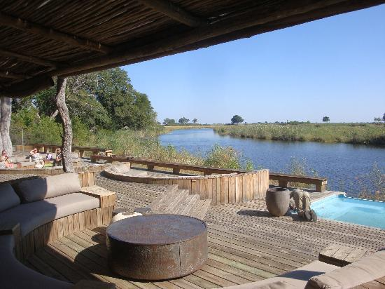 Wilderness Safaris Kings Pool Camp: Main deck area - how swish!