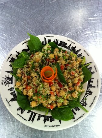 Cafe Istanbul : chickpea salad