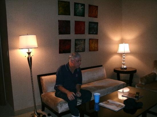 Rio All-Suite Hotel & Casino: another living area