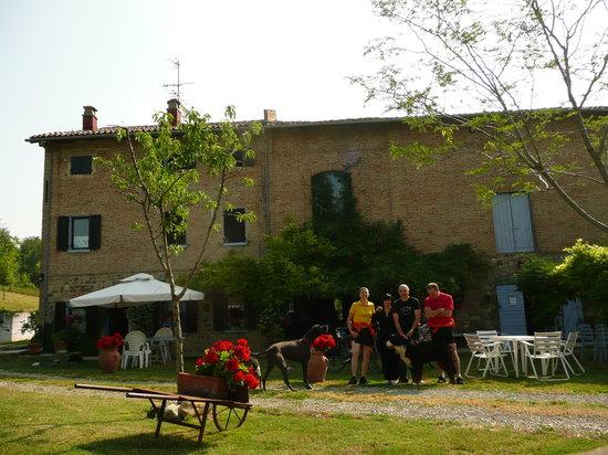 Vignola, Italy: con i padroni dell'Oca Bigia