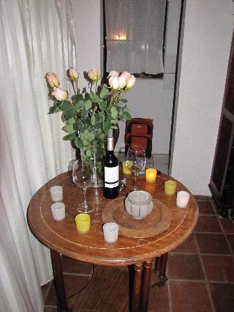Casa Lobo Bungalows: Candlelight and Wine