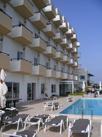 Panorama Hotel : front of the hotel