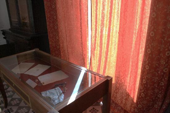 Modica, Italy: L'interno della casa-museo