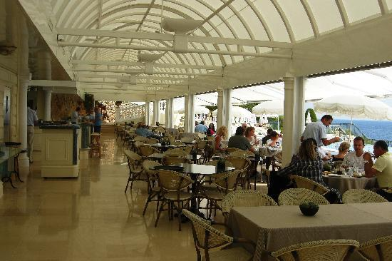 Grand-Hotel du Cap-Ferrat : Restaurant at Club Dauphin