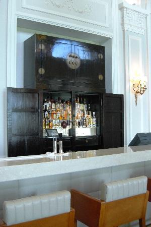 Grand-Hotel du Cap-Ferrat: Hotel bar