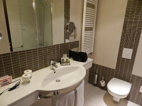 Clarion Hotel Prague City: Bath