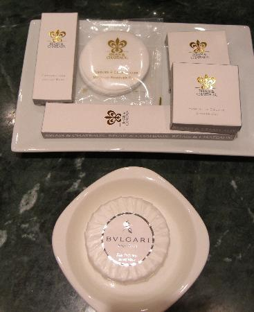 Chateau de la Chevre d'Or: Bulgari toiletries