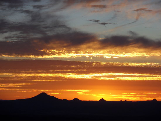 "Mount Tamborine, ออสเตรเลีย: Sunset over the ""Scenic Rim"" taken from the slopes of Mt Tamborine"
